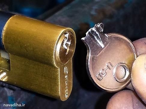 شکسته شدن کلید توی قفل در / چه جوری کلید و دربیاریم