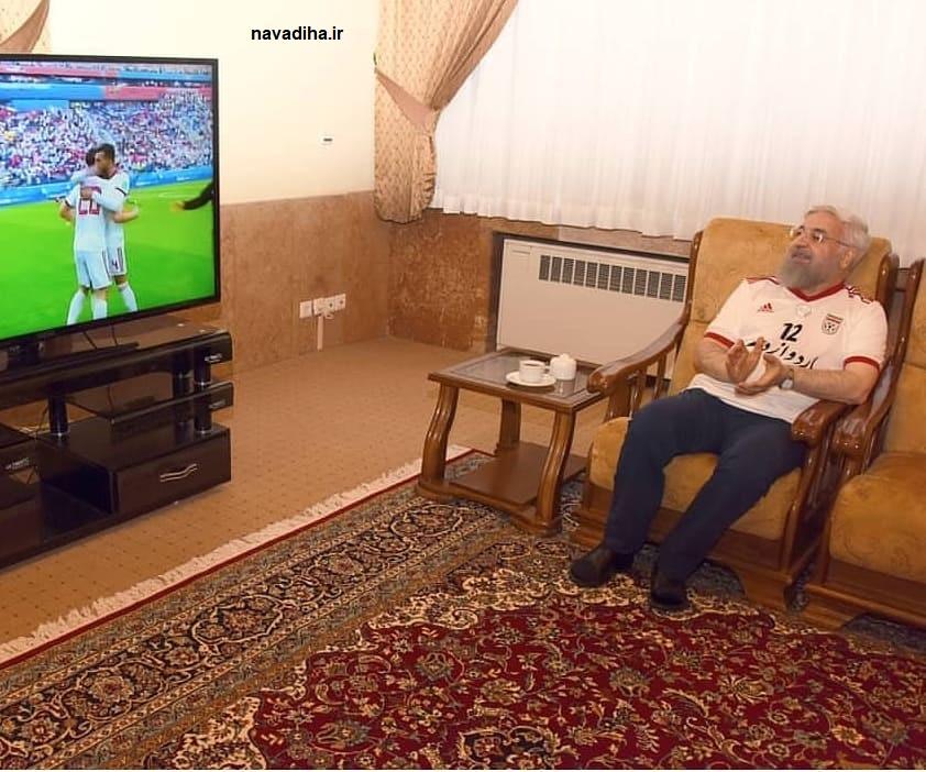 روحانی تماشای فوتبال ایران و مراکش (۱)